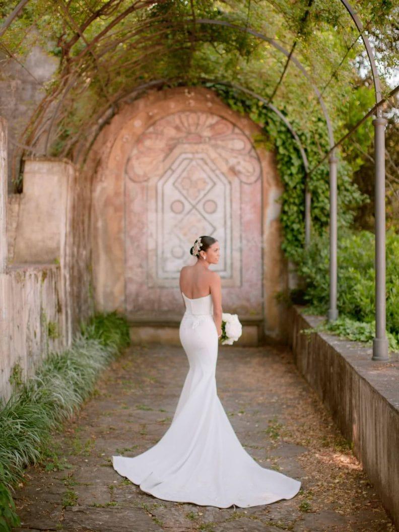 stunning fashion bride