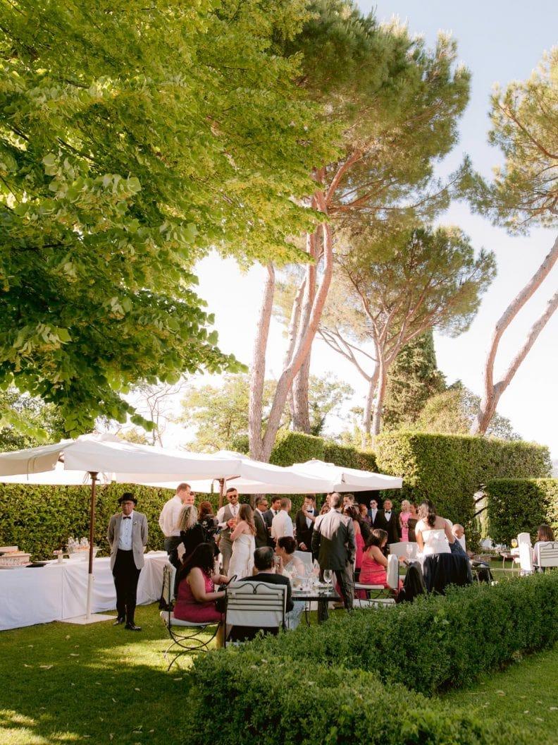the guests are haviong fun duuring the aperitivo at villa la vedetta