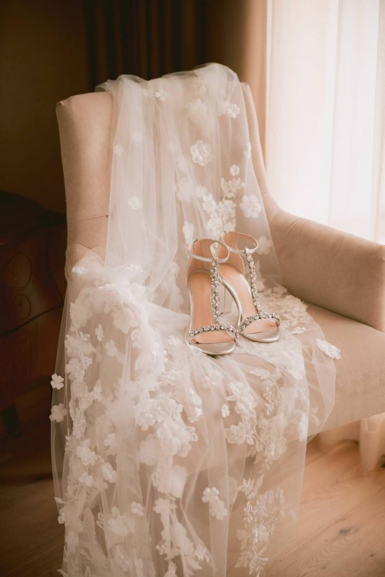 bridal veil and shoes