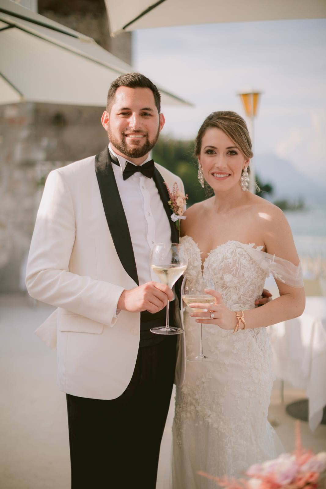 Bthe first toast as husband and wife