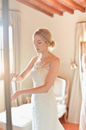 bride's getting dressed