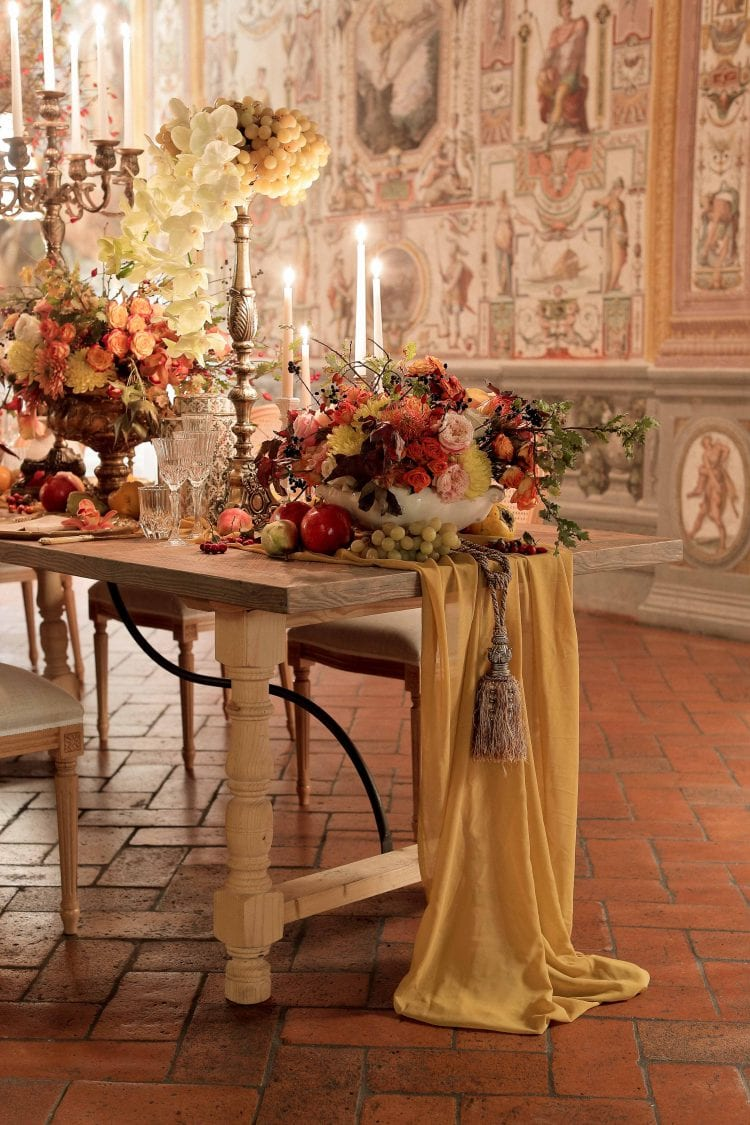 detail of the table linen