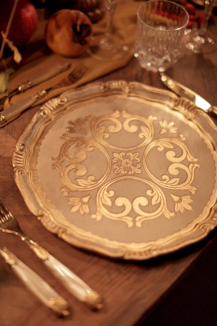 detail of the plates