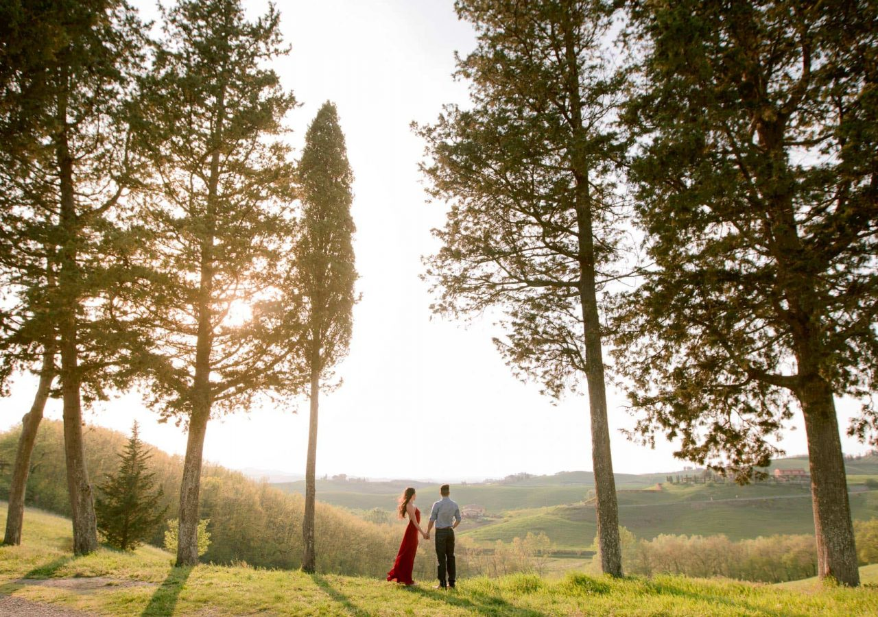 best engagement photos under the tuscan sun