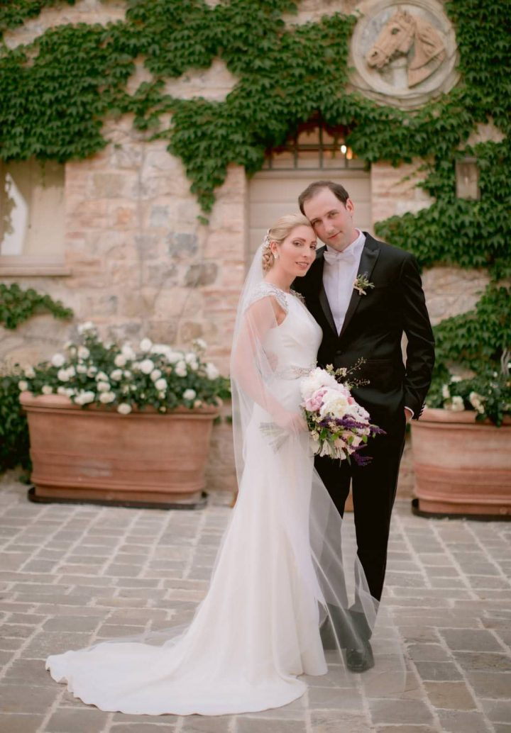 beautiful couple in love during their Wedding in Italy