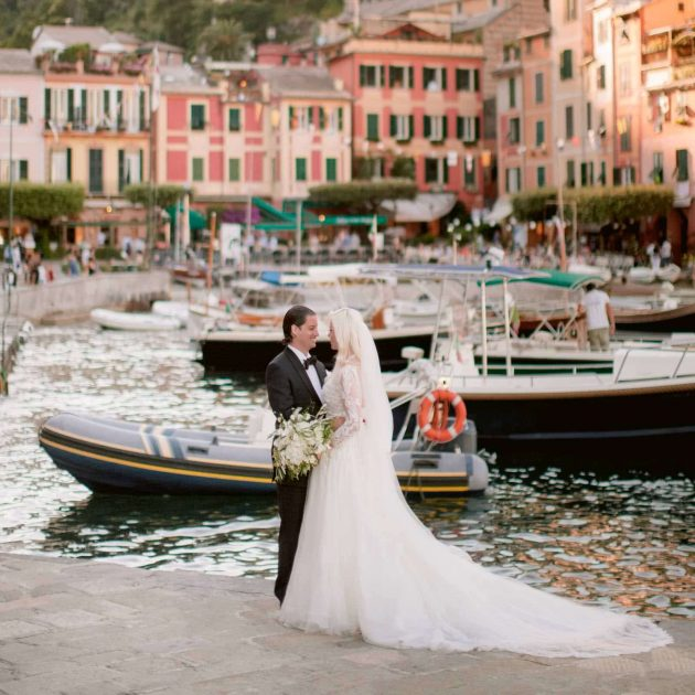 la dolce vita style for your wedding photos in Italy